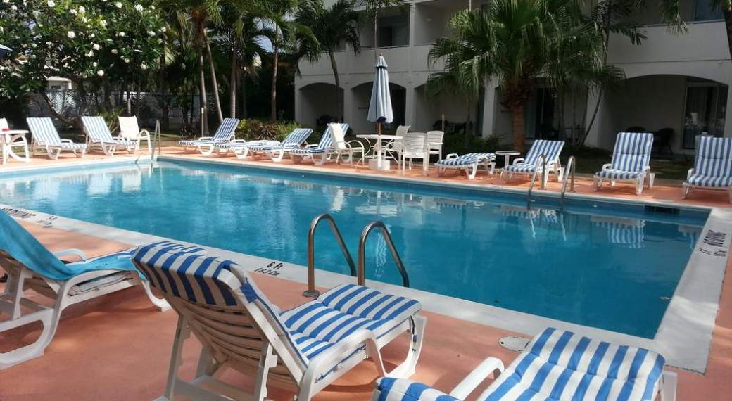 Super Time Out Hotel - Barbados MK19